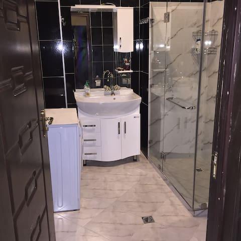 rent apartment in Tbilisi Georgia - Leselidze - Byt