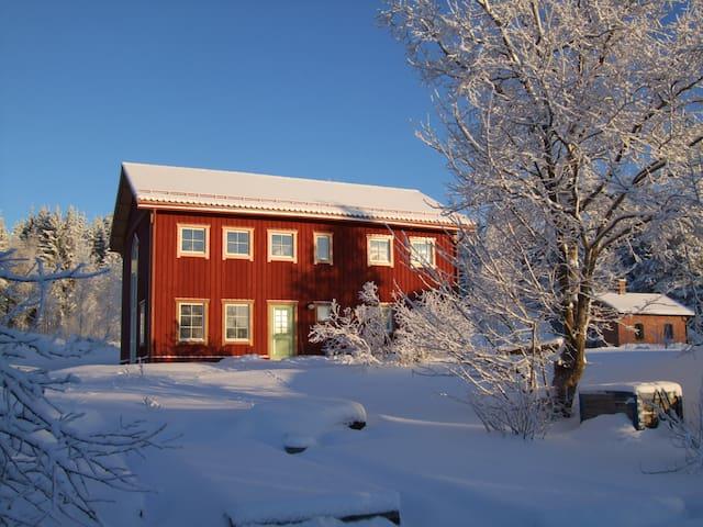 Allsta Gård B&B - Kramfors N - ที่พักพร้อมอาหารเช้า