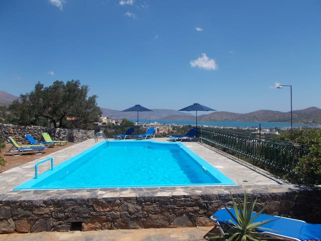 SUNDANCE HOUSE BED AND BREAKFAST - Elounda - Bed & Breakfast