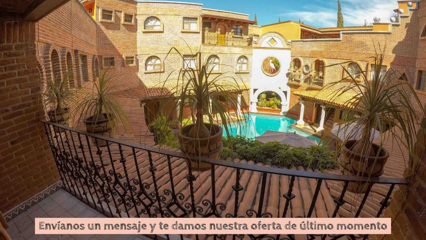 Suite/Depto. amplio en Zona Centro ~ En hotel