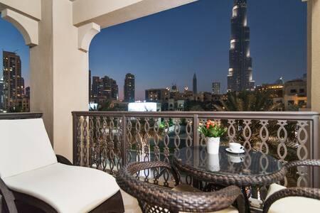WMK Shortstay 2.5BR with Burj Khalifa View - Dubai