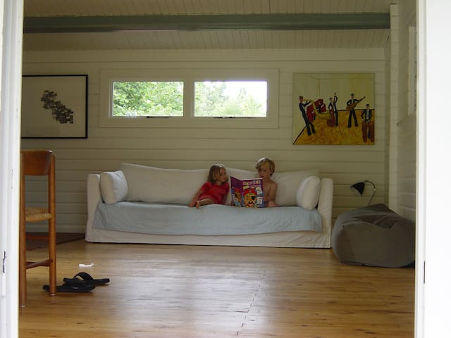 Summerhouse 300M from THE beach - Højby - Chalet