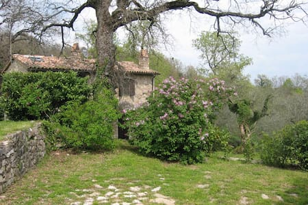 Countryside Stone Farmhouse - Camerata di Todi
