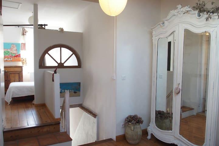 3 pièces tout confort avec jardinet - อัลบิ - บ้าน