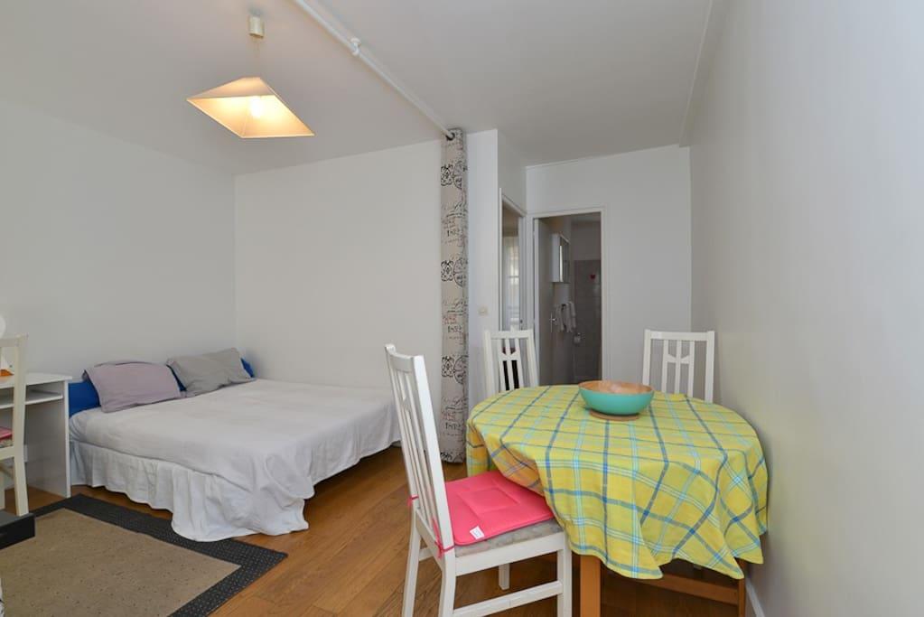 montparnasse 923 appartements louer paris le de france france. Black Bedroom Furniture Sets. Home Design Ideas