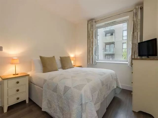 Glasgow City Centre Double Room Apartment