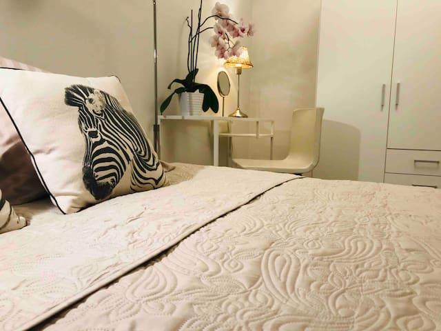 Sandsborg Guest House City close  Premium Room