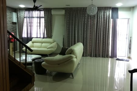 Kuala Lumpur OUG 2 storey 4 Rooms 3 - 吉隆坡