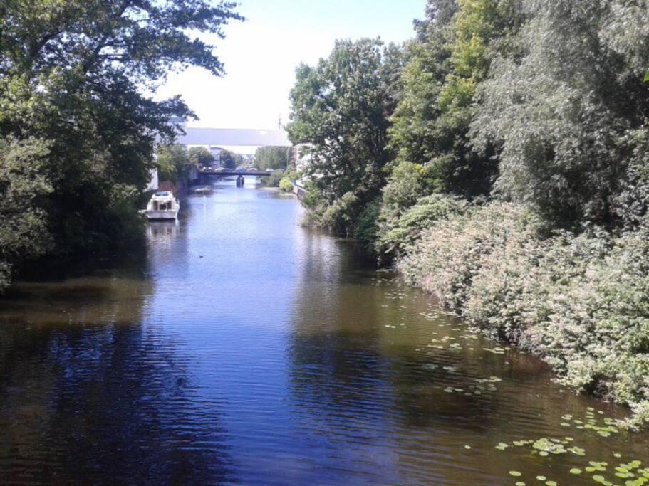 Blick auf den 3 min entfernten Kanal