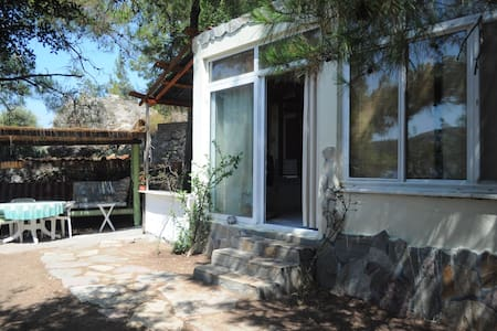 BEACH FRONT STUDİO FOR RENT - Orhaniye Köyü