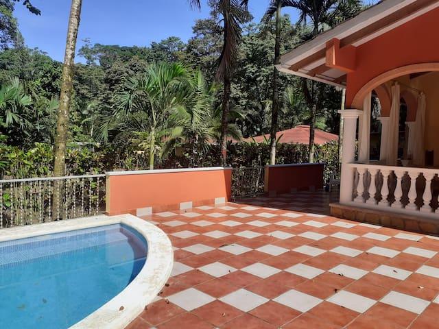 ''Romeo&Juliet Villa''- Queen Suite with pool view