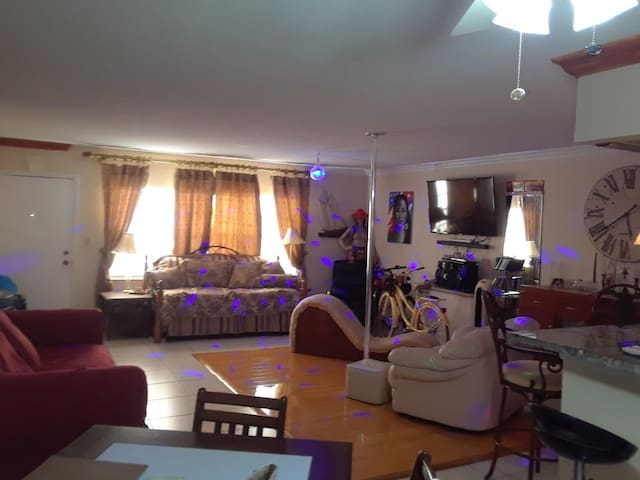 Beautiful Apartment Unforgettable Vacation inMiami