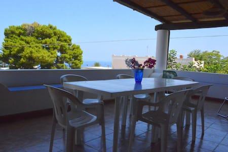 Malfa appartamento  vista mare. - Santa Marina Salina