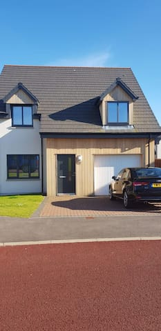 Modern Detached 3 bedroom house,Elgin, Morayshire.