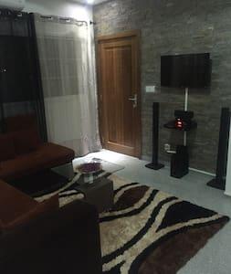 studio meuble ettica vdn - Dakar - Lägenhet