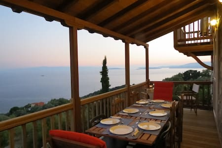 "VILLA ""JASMINE""_ SKOPELOS AEGEAN ISLAND, GREECE - Glossa"