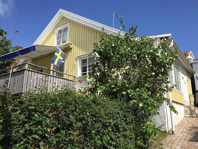 Lysekil gamlestan old town - Lysekil - Haus