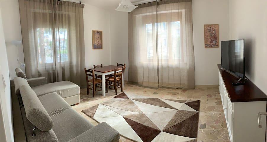 """Accogliente appartamento ristrutturato """"Letizia"""""""