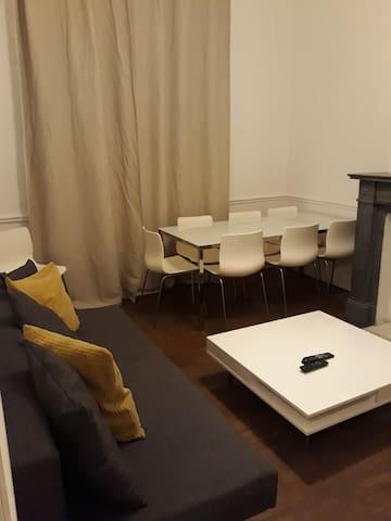 Beautifyl  city center 3 bedroom apartment