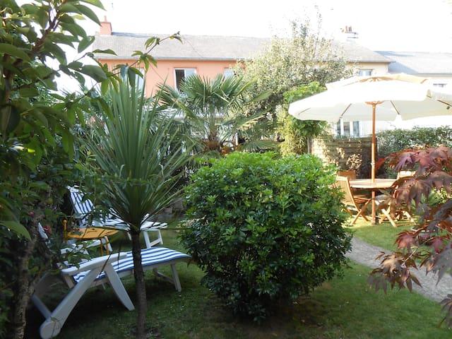 maison et jardin - Redon - Dom