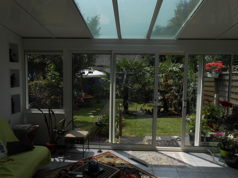 vue de l'extension sur le jardin