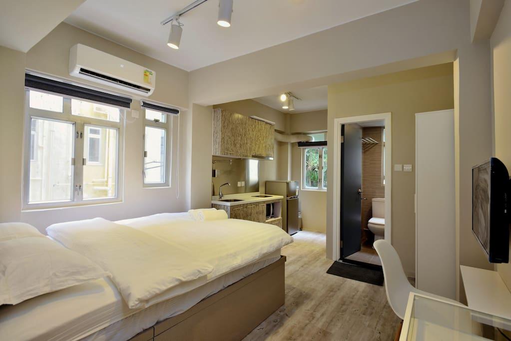 Soho luxury apt all new renos b appartements louer hong kong hong kong island hong kong - Farbiges modernes appartement hong kong ...