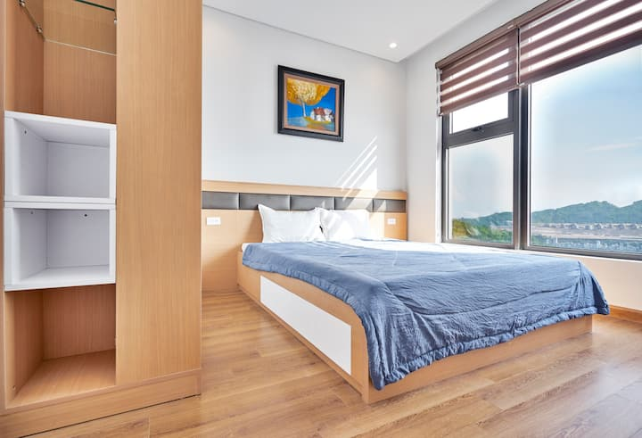 Open concept apart. in the heart of Ha Long city