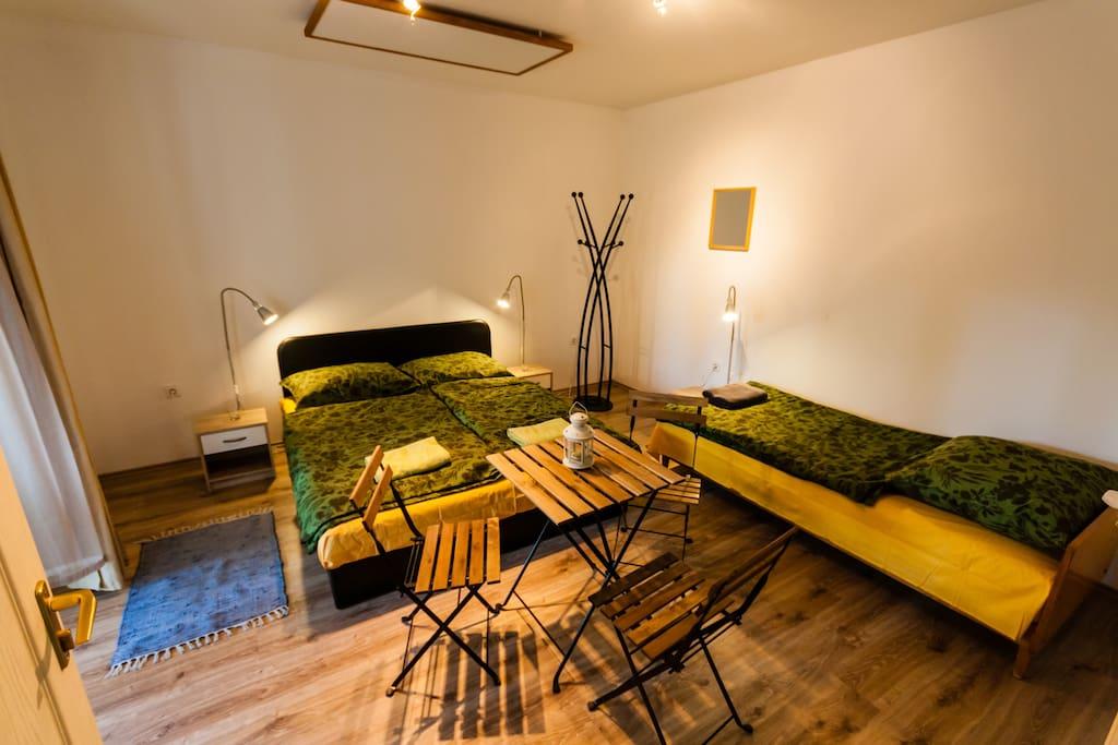 3 ágyas szobánk. /3./