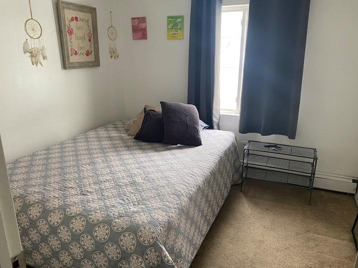 Habitación para 1 persona. Limpia cómoda tranquila