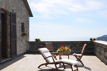 Castello del 1400, tra Portofino e 5 Terre - Aigo - Villa