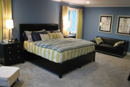 Spacious Master suite, - Ardmore
