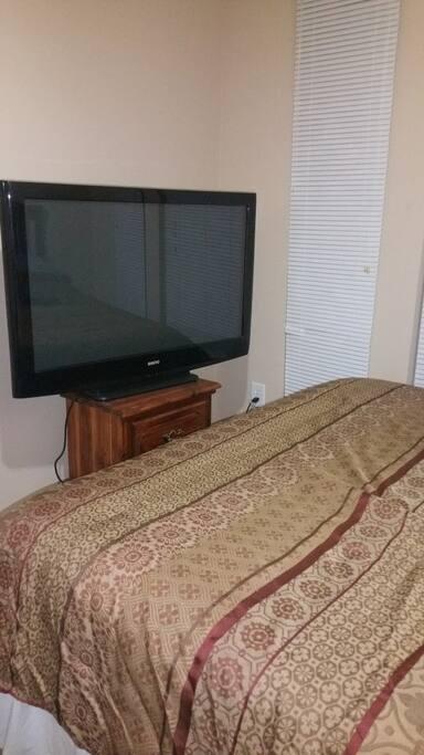Bedroom -1 -TV