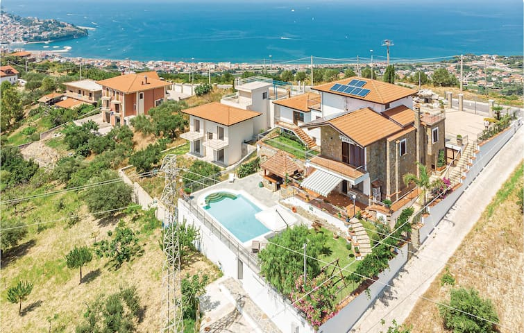 Semi-Detached with 2 bedrooms on 90m² in Agropoli -SA-