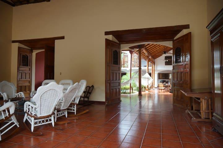 "Colonial House ""La Gran Sultana"""