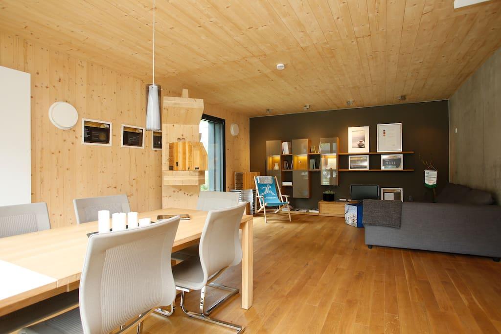 terrassenwohnung mit garten wohnungen zur miete in. Black Bedroom Furniture Sets. Home Design Ideas