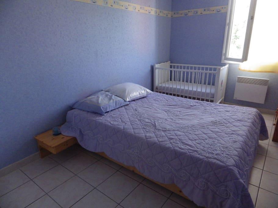 maison individuelle de 3 chambres houses for rent in villelongue dels monts languedoc. Black Bedroom Furniture Sets. Home Design Ideas