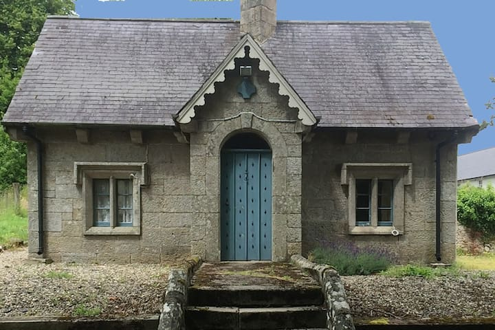 Fairytale Gate Lodge @ Borris House - Borris - Casa