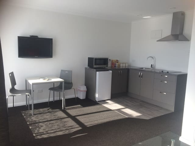 Greymouth Central Apartment