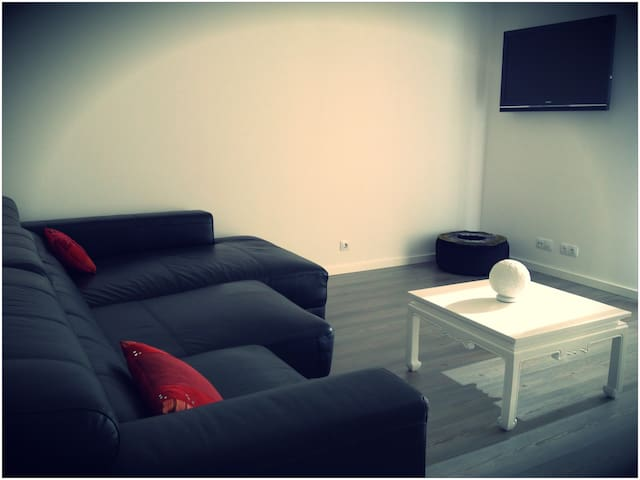 Calm and design. In the center, close to all sites - Es Mercadal - House