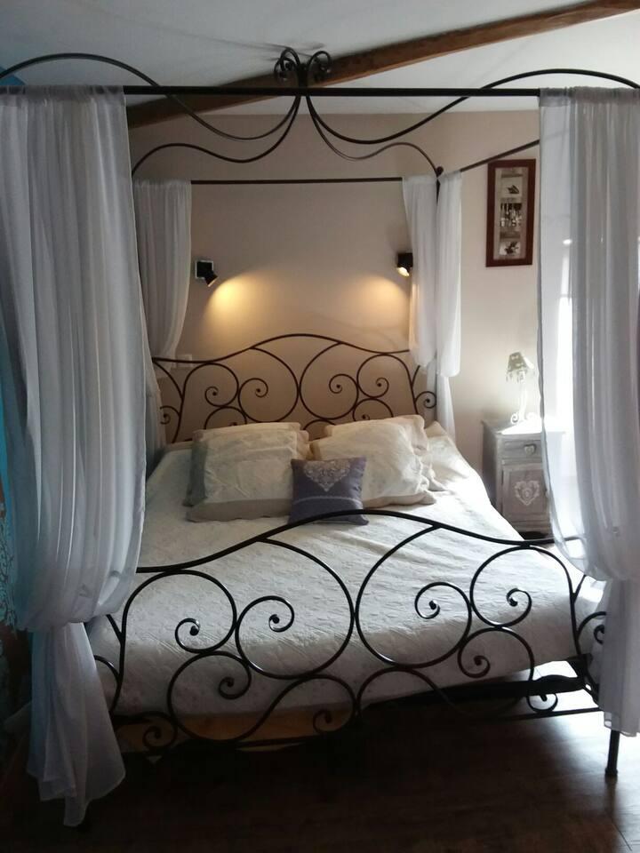 Chambre romantique FUTUROSCOPE