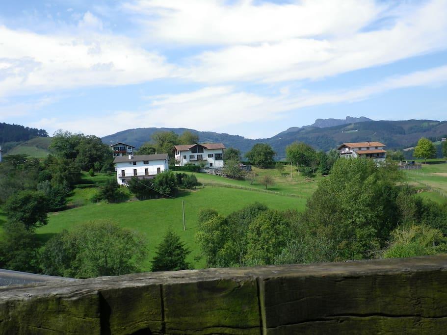 las vistas desde casa con Peñas de Haya al fondo