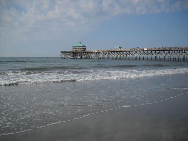 Beachfront Condo 500 Steps to the Ocean