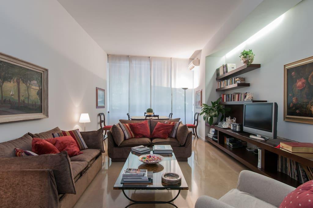 milan elegant apartment in the heart of milan wohnungen zur miete in mailand lombardei italien. Black Bedroom Furniture Sets. Home Design Ideas