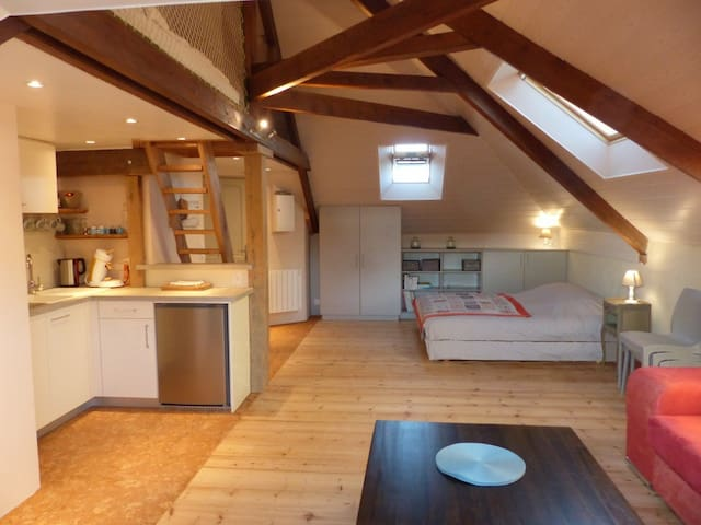Ecofriendly loft 900m to the beach - Agon-Coutainville - Lägenhet