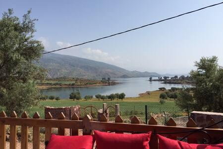 Maison lac Bin El Ouidane - Bin El-Ouidane - Hus