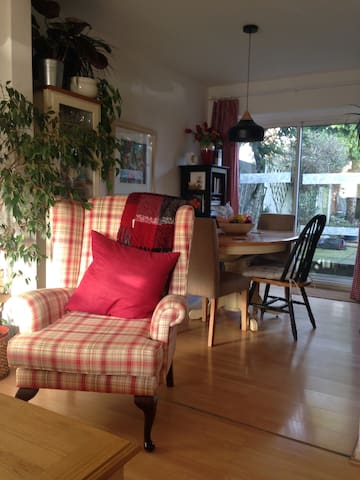 Comfy and convenient sleeps up to 3 Stourbridge - Stourbridge - Huis