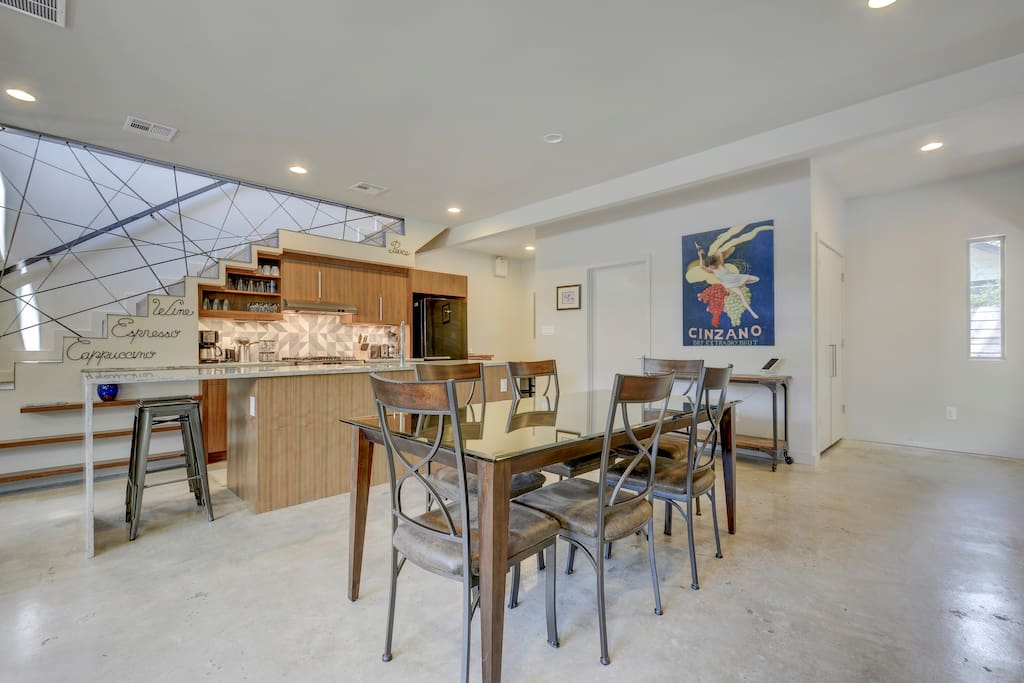 Contemporary dining for 6 in the main living space