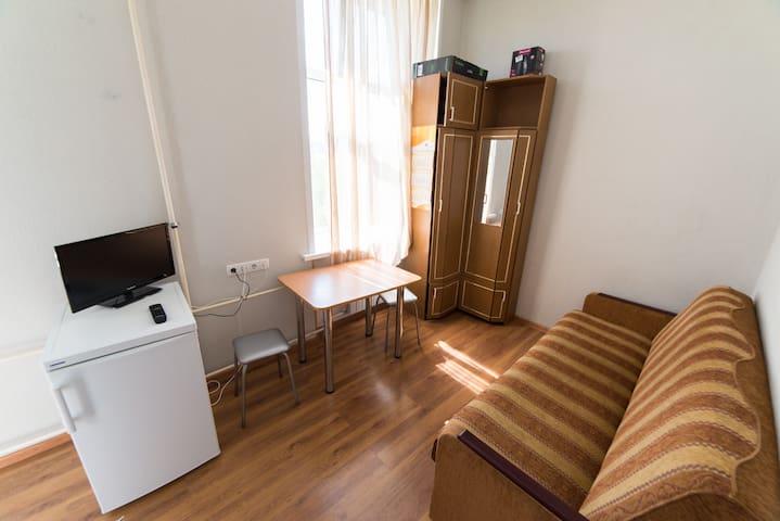 1-ка рядом с м. Первомайская - Moskva - Apartment