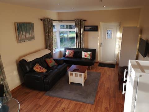 Delightful Ronan Cottage - 2 Bedroom Self Catering