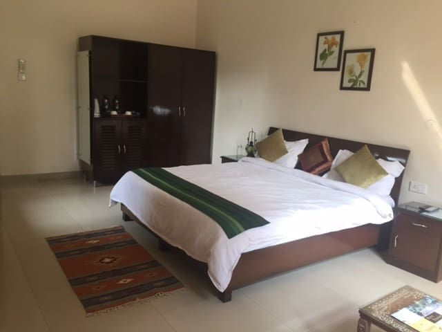 Kailash Farms -Room 4